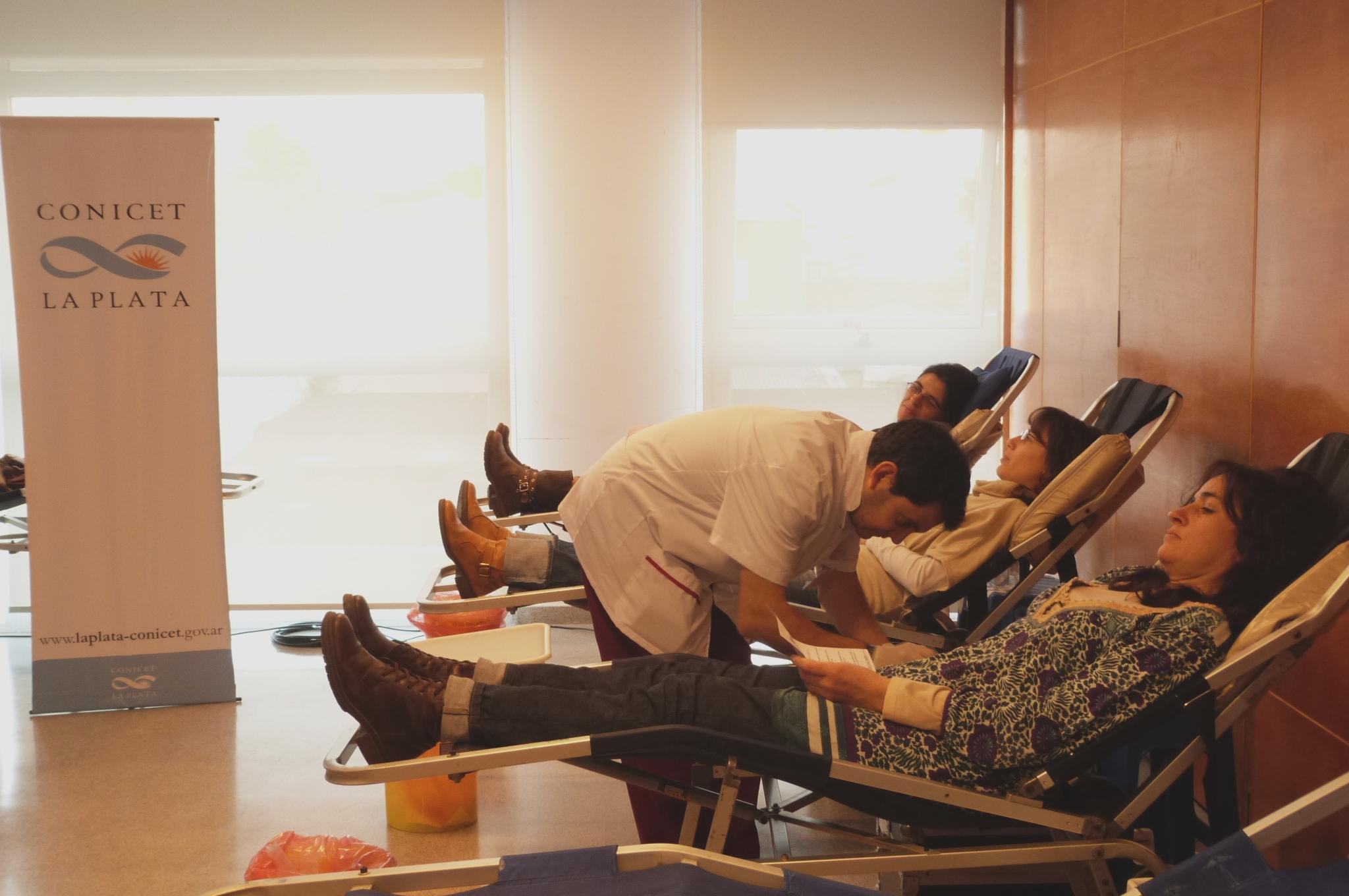 Donación de sangre en el CCT La Plata