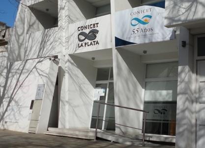 Frente del edificio del CCT CONICET La Plata