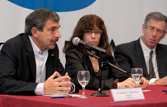 Salvarezza-acompañó-la-presentación-del-Plan-Nacional-de-Ciencia-Tecnología-e-Innovación-02