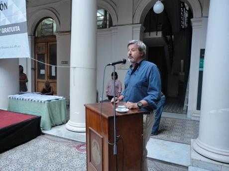 Gustavo Politis durante su conferencia