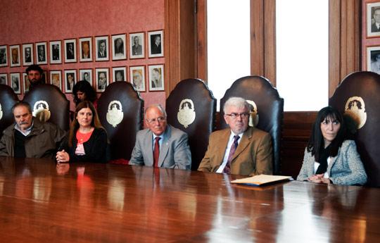 El-CONICET-firmó-el-convenio-de-conformación-del-Observatorio-Medioambiental-de-La-Plata-01
