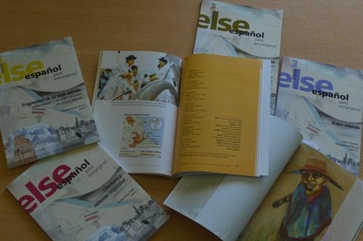 Ejemplares de la colección ELSE, de enseñanza de español para extranjeros. FOTO CONICET Fotografía (1)
