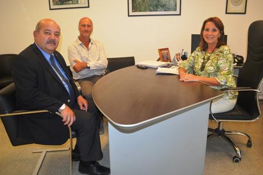 Reunión Pilar Peral García y Tauber