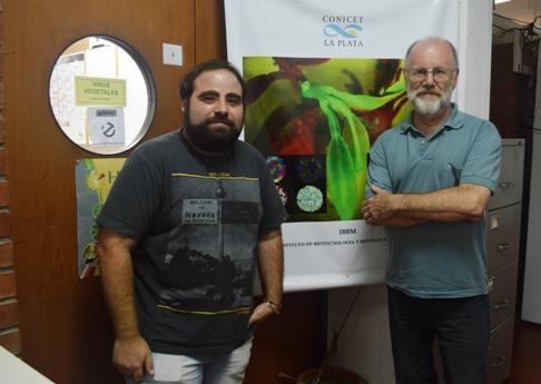 Matías Pidre y Víctor Romanowski. FOTO CONICET Fotografía