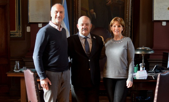 Encuentro Pilar Peral García, Martín Vila Petroff y Fernando Tauber