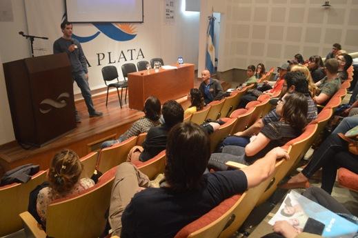 Francisco Giambelluca durante la presentación de la alarma. FOTO CONICET Fotografía