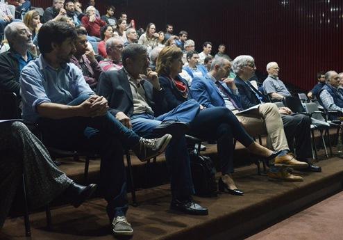 Salvarezza, Peral García, López Armengol y Actis